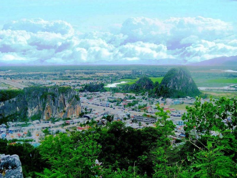 Da Nang City Tour By Private Car- Phong Nha Locals Travel