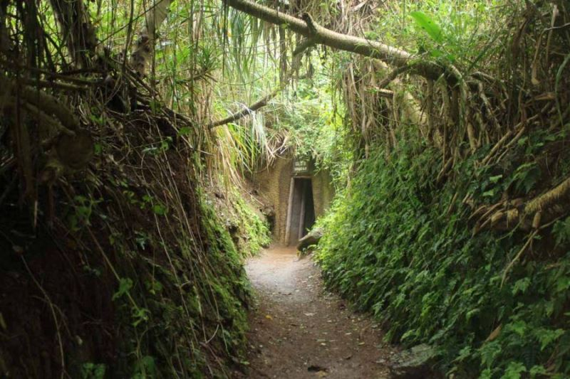 Vinh Moc Tunnels- Phong Nha Locals Travel