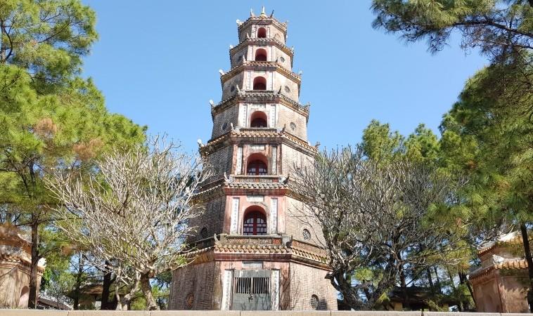 Thien Mu- Phong Nha Locals Travel