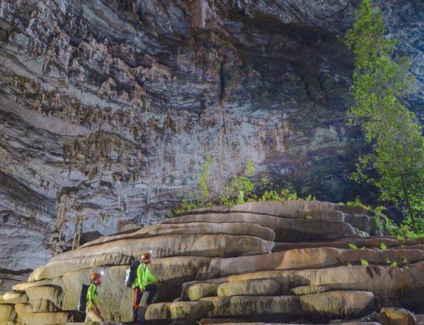 Hang Tien- Fairy Cave 1D- Phong Nha Locals Travel
