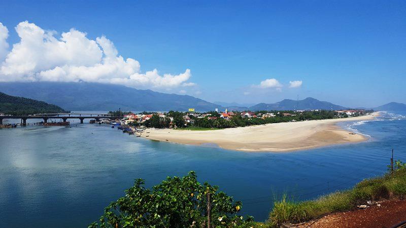 Lang Co Beach Hue- Phong Nha Locals Travel