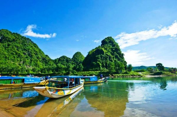 Hoian to Phong Nha By Private Car- Phong Nha Locals Travel