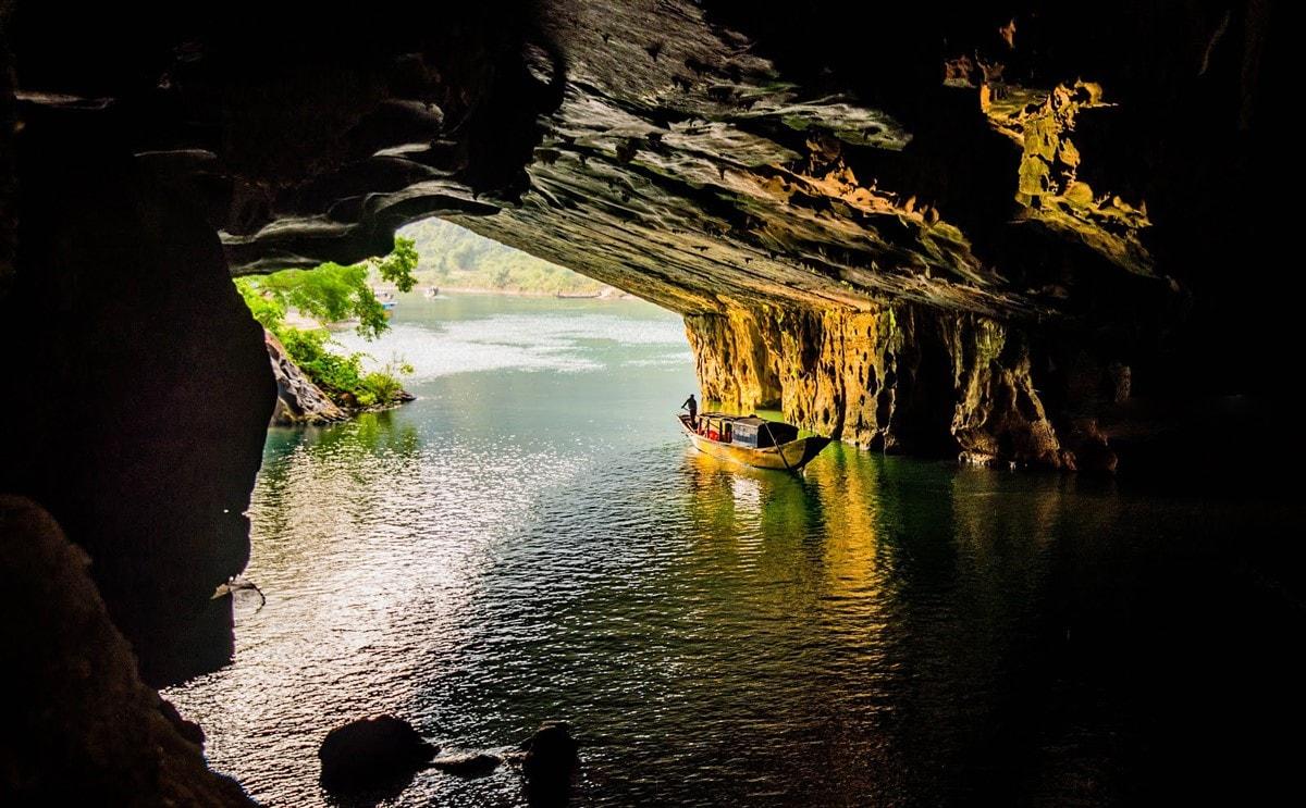 Hue to Phong Nha Cave 1 Day Tour