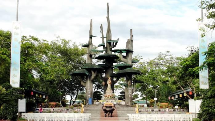 Hue to Phong Nha by Limousine- Phong Nha Locals Travel