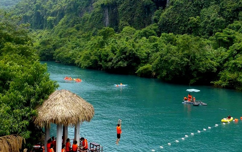 Mooc Spring Phong Nha- Phong Nha Locals Travel