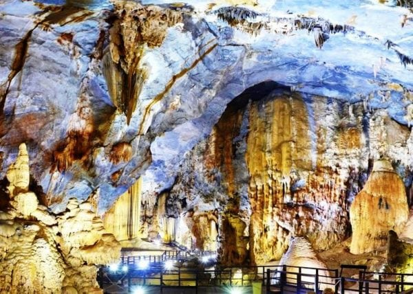 Paradise Day Tour from Hue- Phong Nha Locals Travel