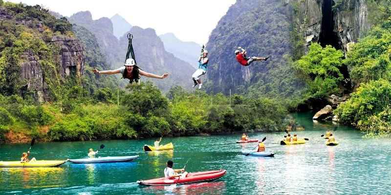 Dark Cave- Phong Nha Locals Travel