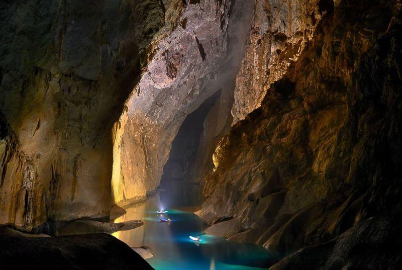 Hang En Cave Phong Nha National Park- Phong Nha Locals Travel