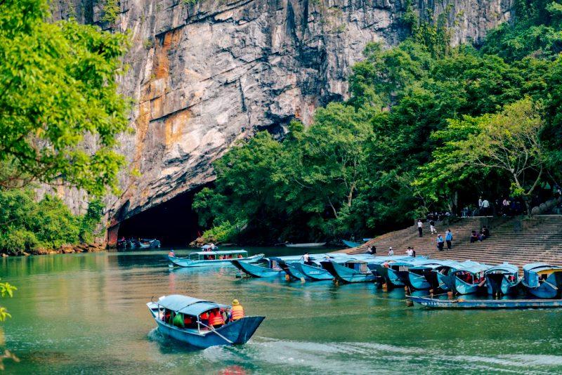 Tien Son Cave Phong Nha Vietnam- Phong Nha Locals