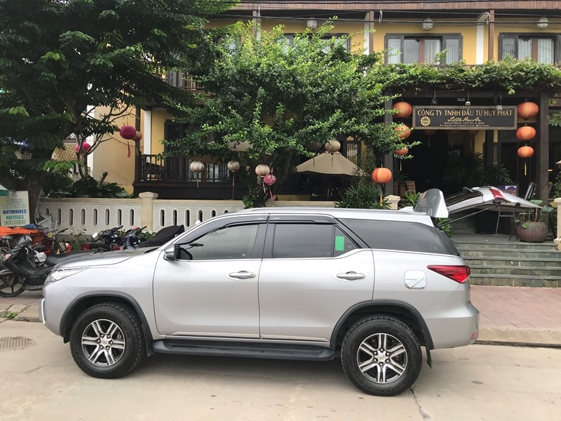 Lapochine Beach Resort to Hoi An by private car